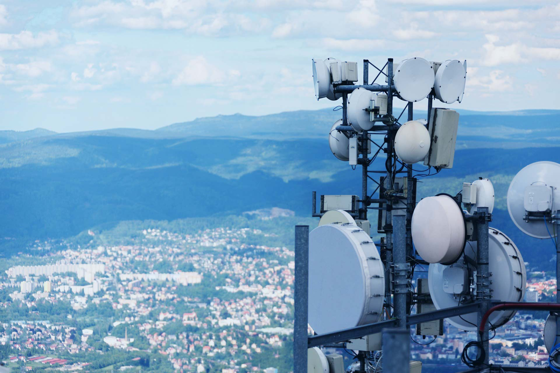 Aura Services - Telecommunication and Cell Tower Construction Services across Canada